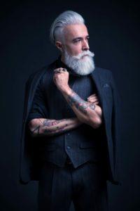 la sperimentazione stilistica di Alessandro Manfredini